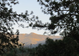 Sunset colours on the Siskiyou Mountains